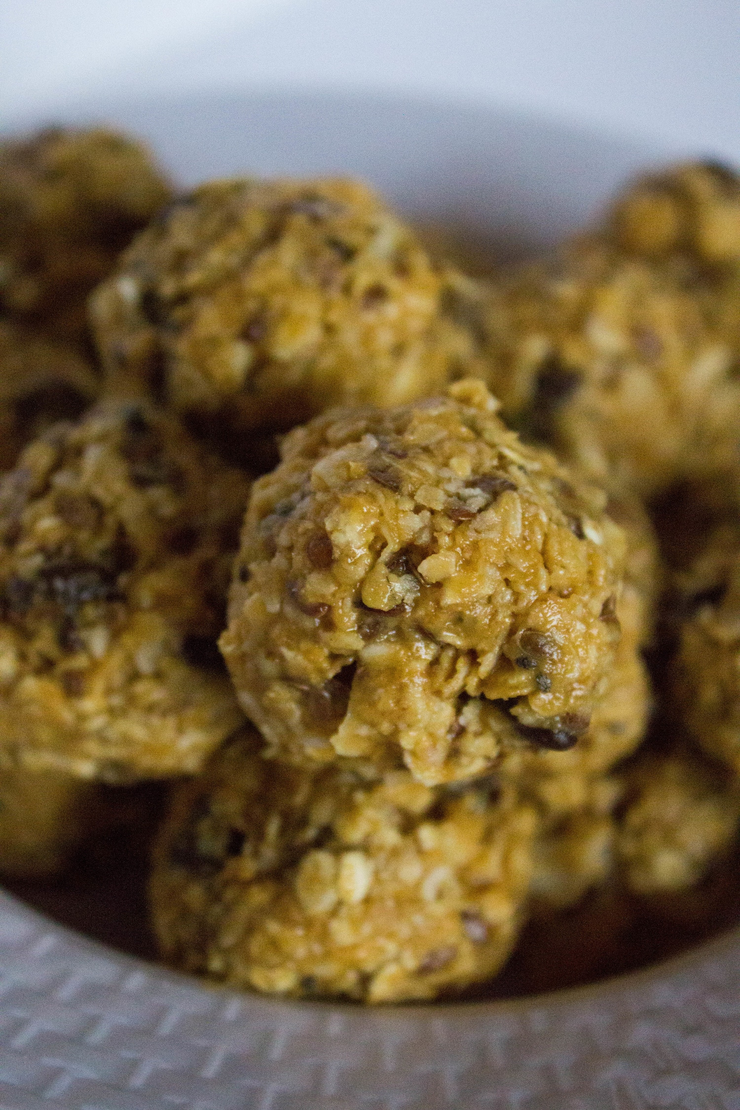 peanut-butter-protein-energy-bites