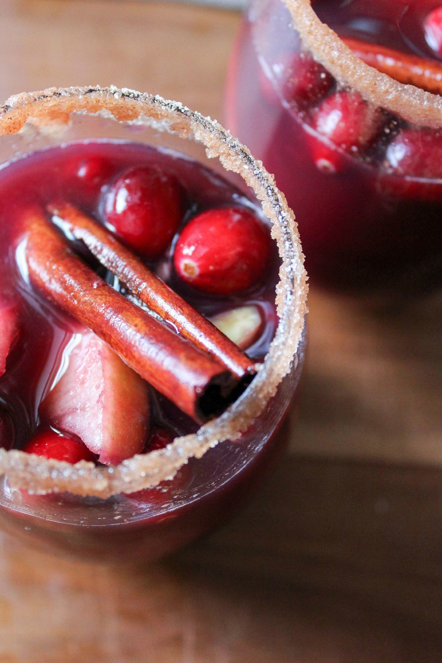 cranberry-apple-sangria-recipe