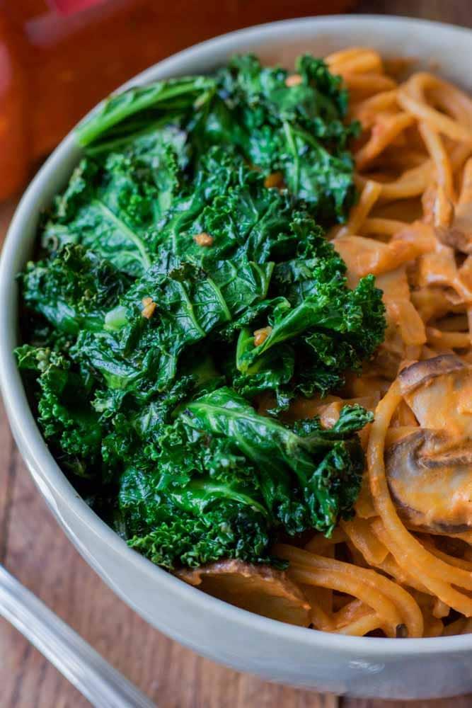creamy-mushroom-kale-pasta2