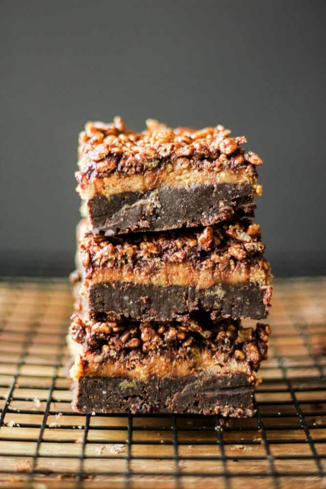 paleo-gluten-free-caramel-brownies8