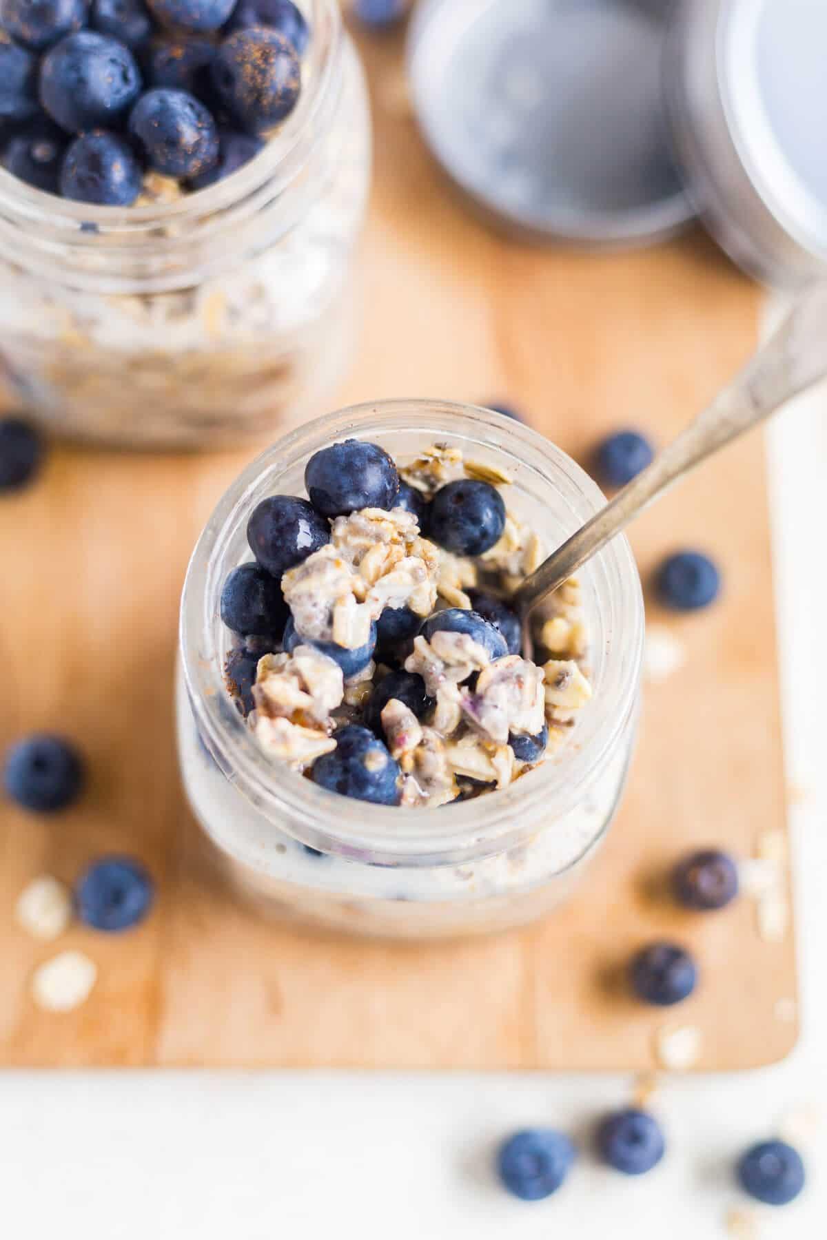 overnight oats blueberry