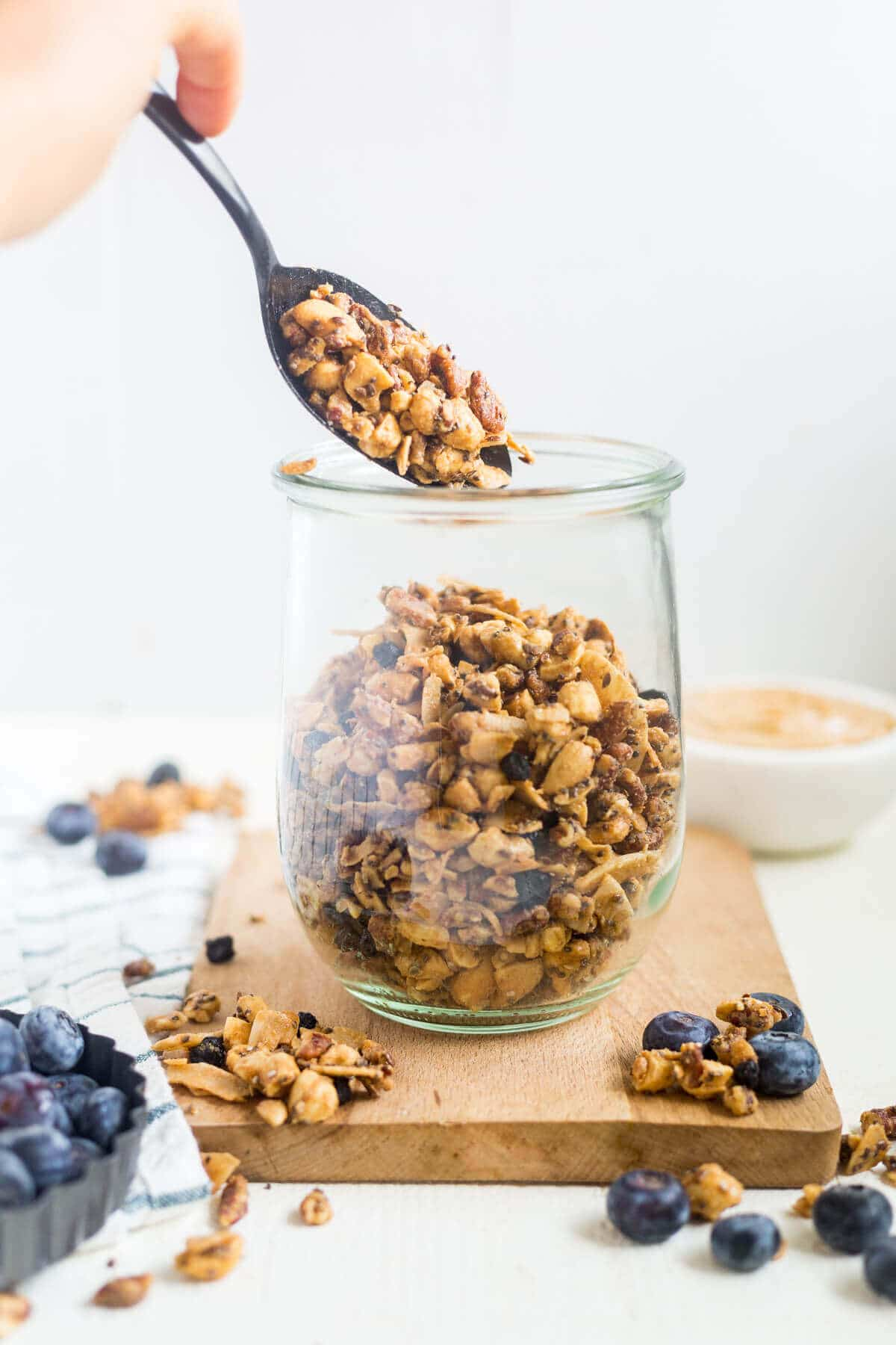 homemade paleo granola