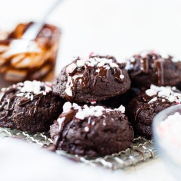 a stack of dark chocolate peppermint cookies