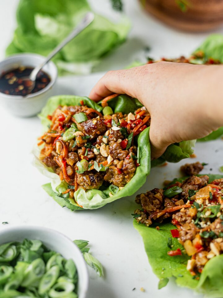 sweet and spicy pork lettuce wraps for a low carb healthy dinner