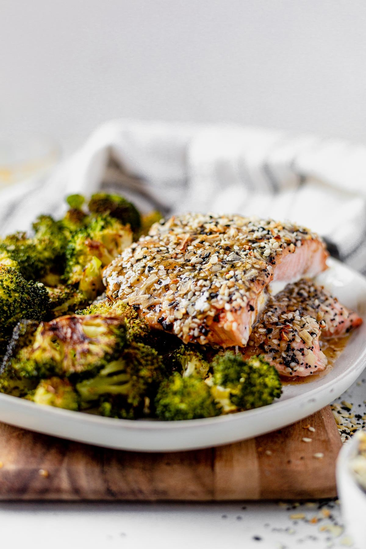 everything bagel salmon served on a plate with roasted broccoli